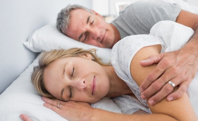 Couples who sleep together tend to coregulate their sleep habits.