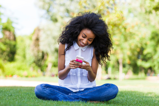 Why Texting Could Be Ruining Your Spine