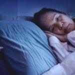 elderly woman can't sleep